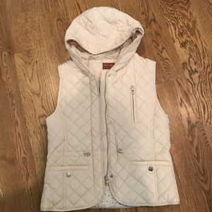 Girls quilted vest from Zara, size 13/14